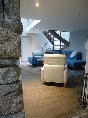 Rénovation parquet électricité salon escalier agencement mobilier Pordic Côtes d'Armor tous corps d'état