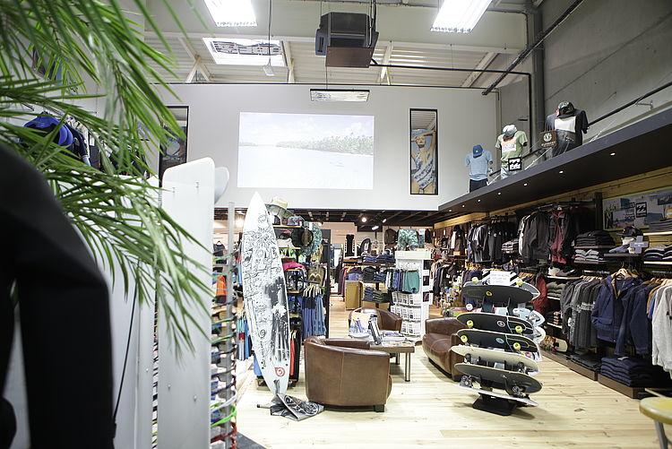 Entreprise tous corps d'état Côtes d'Armor extension rénovation réaménagement peinture finition maçonnerie professionnel magasin