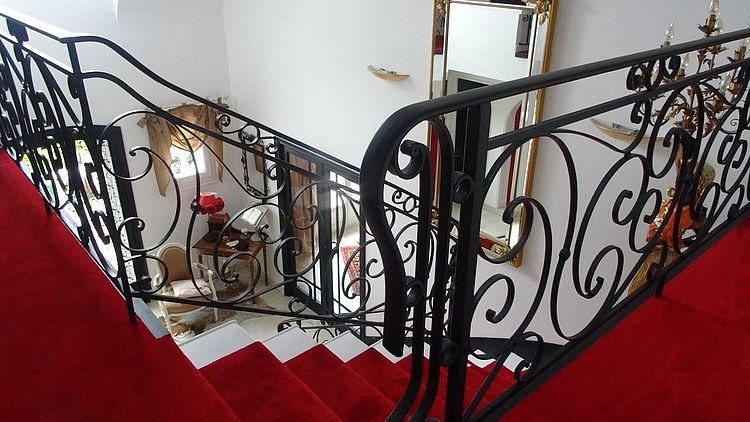 Extension rénovation entreprise tous corps d'état Côtes d'Armor Aménagement Plérin escalier décoration