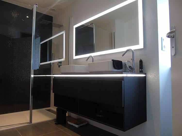 Salle de bains rénovation chambre parentale dressing peinture carrelage mobilier création Guingamp Côtes d'Armor tous corps d'état