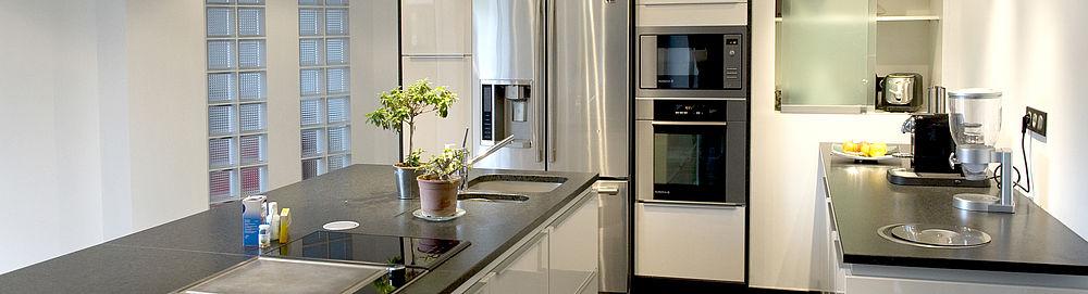 Réaménagement agencement cuisine rénovation mobilier finitions Côtes d'Armor tous corps d'état